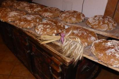 4_brot_backen_kristemoarhof.jpg